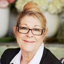 Shirley  Clement Raine & Horne - Manly Agent