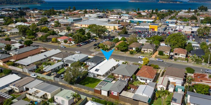 13 Wellington St, Umina Beach, NSW 2257